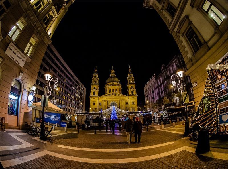 Advent; Budimpešta Premium - polazak iz Rijeke
