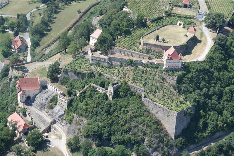 Riegersburg i dvorac Kornberg