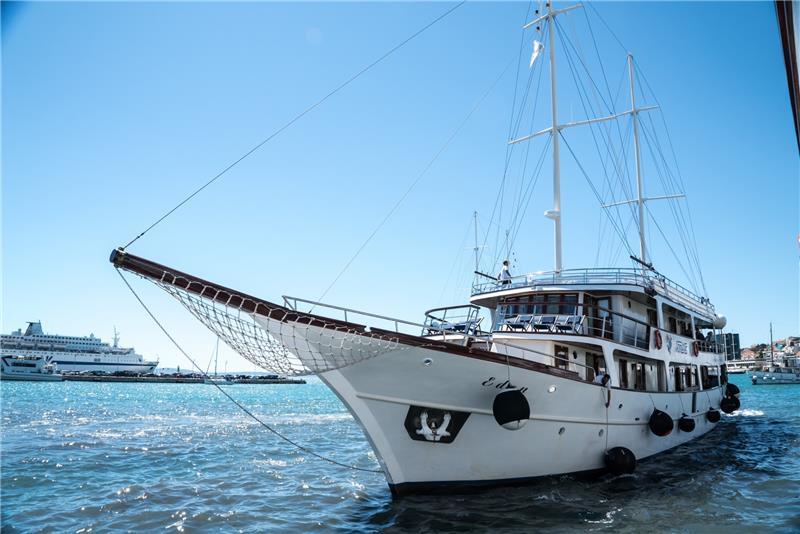 Krstarenje Jadranom 2019 - polazak iz Dubrovnika